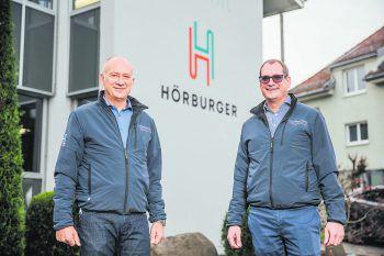 """<p class=""""title"""">               Kat. 21 bis 100 Mitarbeiter: Hörburger             </p><p>Der Gewerbe- und Handwerksbetrieb in fünfter Generation beschäftigt neun Familienmitglieder und blickt auf 114 erfolgreiche Jahre zurück. Stetiges Wachstum, Innovationskraft und motivierte Mitarbeiter, die auch über den Tellerand blicken, sind Grundpfeiler für den wirtschaftlichen Erfolg des Familienunternehmens.</p>"""