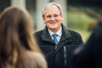 """Landtagspräsident Sonderegger: """"Ich ersuche alle Interessierten, von zu Hause aus die aktuelle landespolitische Arbeit der Abgeordneten mitzuverfolgen.               Foto: Sams"""