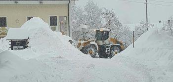 <p>Liesing. Schneemassen: In Osttirol und Oberkärnten ist die Schneedecke in der Nacht auf gestern um 50 bis 70 Zentimeter gewachsen.</p>