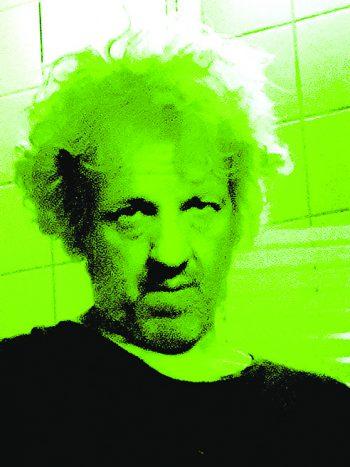 """Karl Müllner, MusikladenFeldkirch: """"Rise Against mit dem neuen Album 'Nowhere Generation'. Sind das die Enkel vom 'Nowhere Man' der Beatles? Melodiöser Punkrock für nicht Geilomobil-gläubige Musikfans, die sich nicht länger damit abfinden wollen, dass einige Wenige diesen Planeten in die Apokalypseschicken wollen."""""""