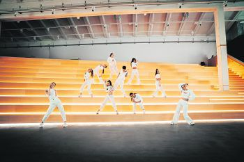 Das Video zum Song drehte die Crew in der lässigen Kulisse des Zumtobel-Hauses. Fotos: David Hollerer