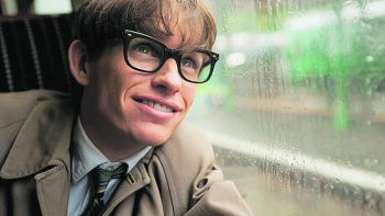 """<p class=""""title"""">Die Entdeckung der Unendlichkeit</p><p>Amazon Prime Video, Film, Biopic. Der Film erzählt die Geschichte von Stephen Hawking (Eddie Redmayne), dem wohl berühmtesten Physiker. Jetzt abrufbar.</p>"""