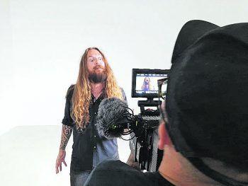 Flo Koller beim Videodreh zur ersten Single des Projekts Dox in a Row.Fotos: hanodut/Dox in a Row