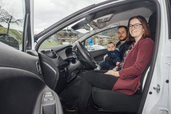 """<p class=""""caption"""">Im Renault Zoe ist genügend Platz für Familie Gammel.</p>"""