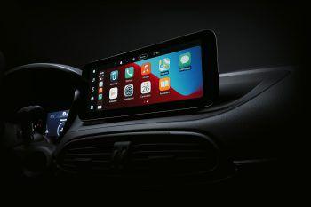 """InfotainmentDer neue Fiat Tipo ist neben dem Fiat 500 das erste Fahrzeug der Marke, das mit dem Infotainmentsystem """"UConnect 5"""" ausgestattet ist. Das für die vernetzten Servicedienstleistungen der Zukunft konzipierte System wird über einen 10,25-Zoll-Touchscreen im Cinemascope-Format bedient."""