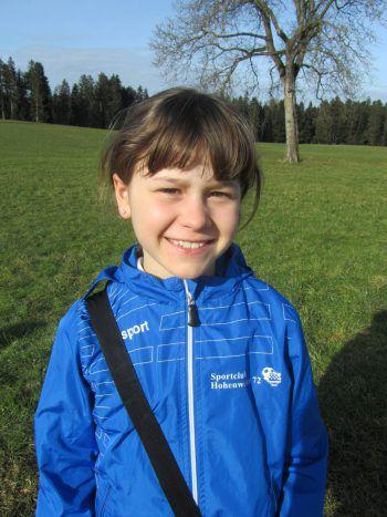 """<p>Lea Schedler, 9 Jahre: """"Super, dass sich unsere Trainer immer wieder etwas Neues überlegen, damit wir doch trainieren können.""""</p>"""