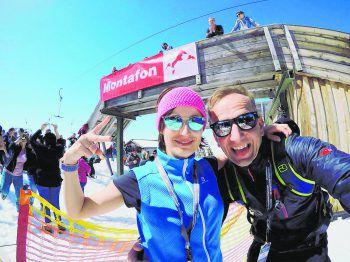 """<p class=""""caption"""">Martina und Andi beim Saisonsfinale 2019 in der Silvretta Montafon.</p>"""