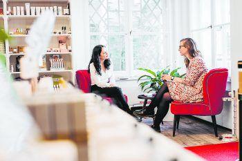 """<p class=""""caption"""">Redakteurin Anja traf Yvonne Ritsch in ihrem Geschäft in Bregenz.</p>"""