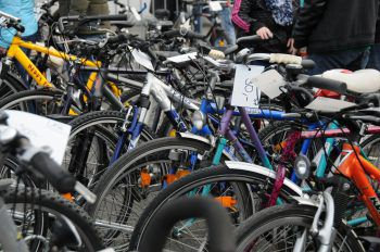 Wer auf der Suche nach einem neuen Fahrrad ist, der kann beim Fahrradmarkt in Dornbirn vielleicht ein echtes Schnäppchen machen.Fotos: handout/Dornbirn Tourismus; Matthias Rhomberg