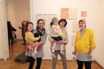 """<p class=""""caption"""">Frieda und Anna Tomaselli, Mira Berlinger, Veronika Heingärtner und Melanie Berlinger.</p>"""