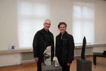 "<p class=""caption"">Galerist Erhard Witzel und Künstlerin Uta-Belina Waeger.</p>"