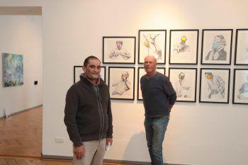 "<p class=""caption"">Harald Dona (FHV) und Bildhauer Gernot Riedmann.</p>"