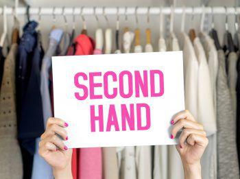 """<p class=""""title"""">               In Second-Hand-Läden shoppen gehen             </p><p>Wir sind alle schnell versucht, der """"Fast Fashion"""" zu folgen und mit dem Trend zu gehen. Besser ist es, in Second-Hand-Läden, zu shoppen, tolle Einzelstücke zu finden und ihnen ein neues Leben zu geben.</p>"""