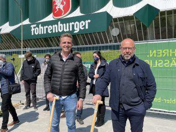 """<p class=""""caption"""">Inneneinrichter Stefan Schwarzhans, Architekt Johannes Kaufmann.</p>"""