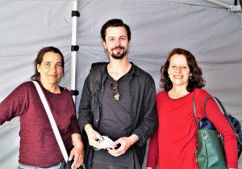 """<p class=""""caption"""">Mandy Hanke (techn. Leitung KOSMOS) und die Protagonisten Simon Alois Huber und Daniela Gaets.</p>"""
