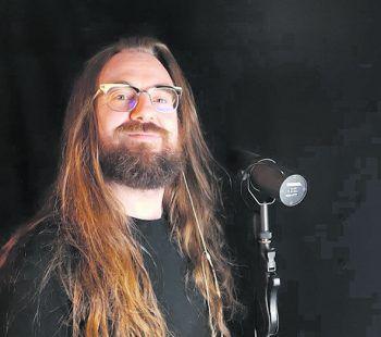 Metal, Hardcore, Crossover: Musiker Flo Koller ist nicht nur selbst für eher harte Sound-Bretter zuständig, er hört auch am liebsten die brachialeren Acts.