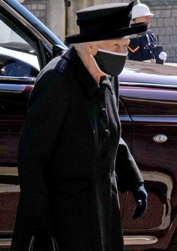 Queen Elizabeth II auf dem Weg zurBeisetzung von Prinz Philip.