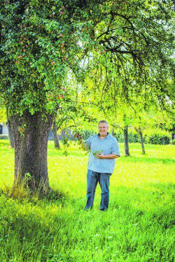 """<p class=""""caption"""">Auch dieses Jahr gibt es wieder saftige Äpfel von Andreas und der Mosterei Krammel.</p>"""