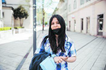 """""""Bin mehr draußen unterwegs""""             """"Durch die Pandemie verbringe ich mehr Zeit draußen und mache mehr Sport. Dadurch spare ich mir auch Geld, da ich weniger bei gewissen Spots ausgeben kann. Stand jetzt will ich mich nicht impfen lassen. Aber es ist jedem selbst überlassen."""" Jasmine Stadelmann (14), Dornbirn"""
