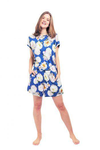 """Das Pyjama-Set """"Florence"""", bestehend aus Hose und Shirt, kostet 139 Euro und ist bei Flowers in Bed in Egg erhältlich."""