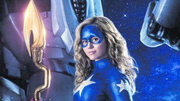 """<p class=""""title"""">DC's Stargirl</p><p>Prime Video, Serie, Action. Highschool-Schülerin Courtney bringt eine Gruppe junger Helden dazu, das Erbe der Justice Society of America anzutreten. Jetzt verfügbar.</p>"""