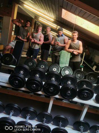 Der 22-Jährige trainiert am liebsten mit seinen Freunden, um sich gegenseitig zu motivieren. Fotos: Sams/handout/Zimmermann
