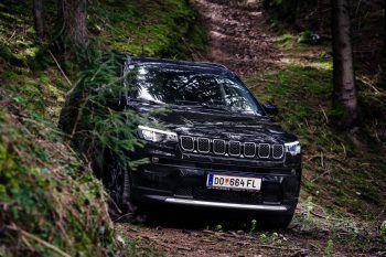 Der Jeep Compass ist der perfekte Begleiter für jedes Abenteuer. Fotos: handout/Meisinger