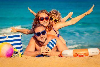 """<p class=""""caption"""">Es ist an der Zeit für einen entspannten Familien-Urlaub an der italienischen Adria. Foto: handout/Weiss Reisen/APA</p>"""