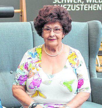 """<p class=""""title"""">               """"Fühle mich mit 82 pudelwohl""""              </p><p> """"Seit fünf Jahren bin ich nun schon Mitglied im Injoy Bregenz und fühle mich durch das Training mit meinen 82 Jahren noch</p><p>pudelwohl in meinem Körper."""" Ida Samonig</p>"""