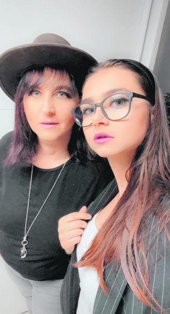 """<p class=""""caption"""">Joanna: """"Meine Mama ist auch meine beste Freundin. Sie ist immer für mich da und ich kann mich stets auf sie verlassen.""""Fotos: handout/privat</p>"""