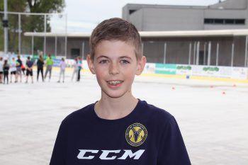 """<p class=""""title"""">               """"Nach Probetraining gleich angemeldet""""             </p><p>""""Seit sechs Jahren spiele ich schon Eishockey und ich bin froh, dass das Training wieder losgeht. Zum SC Hohenems kam ich durch meinen Cousin, der auch mit Begeisterung Eishockey spielt. Nach einem Probetraining meldete ich mich sofort an."""" Manuel Vonach, 12 Jahre</p>"""