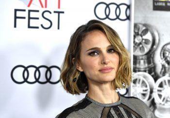 """<p class=""""title"""">Natalie Portman</p><p>Erst kürzlich als Tanztalent vorgestellt, kommen wir auch in Sachen Sprachen nicht um die Oscar-Preisträgerin herum. Die in Jerusalem geborene 39-Jährige spricht neben Englisch und Hebräisch auch Deutsch, Japanisch, Italienisch und Spanisch.</p>"""