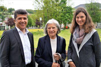"<p class=""caption"">Rechtsanwalt Clemens Ender, Else und Barbara Ender.</p>"