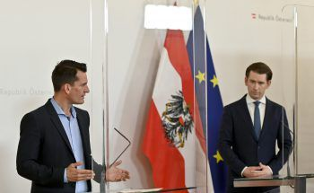 """Sind sich beim Thema """"Lockerungen"""" nicht ganz einig: Gesundheitsminister Wolfgang Mückstein (Grüne) und Bundeskanzler Sebastian Kurz (ÖVP). Foto: APA"""