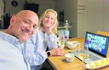 """<p class=""""caption"""">Weinliebhaber: Michael und Jennifer Nater (Passt!).</p>"""
