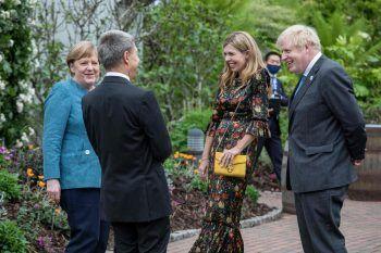 Beim diesjährigen G7-Gipfel im britischen Carbis Bay in Cornwall beraten dieStaatschefs der großen Wirtschaftsnationen – und treffen teils in ungezwungenemRahmen aufeinander.Foto: AFP