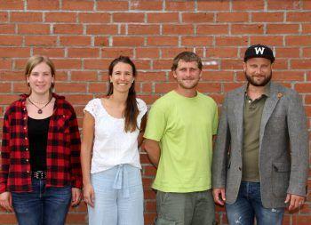 """<p class=""""caption"""">Das Team der OJA Leiblachtal: Praktikantin in Ausbildung Svenja Hesselaar, Psychologin Agustina Hansen, Stellvertreter Martin Brecher und Leiter Stefan Welte.</p>"""