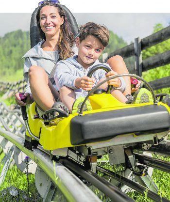 Der Alpine Coaster bringt Groß und Klein rasant ins Tal! Fotos: handout/Imster Bergbahnen/Rudi Wyhlidal