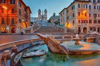 Die Architektur Roms hat so einiges zu bestaunen, wie beispielsweise die Spanische Treppe.