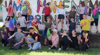 "<p class=""caption"">Die Jongliergruppe der MS Hohenems Herrenried.</p>"