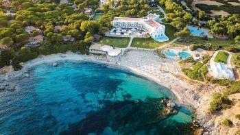 """<p class=""""title"""">               Falkensteiner Capo Boi *****             </p><p>Es ist nicht nur das erste Hotel der bekannten und beliebten Hotelkette auf Sardinien, sondern bezaubert die Gäste mit der bewährten Falkensteiner-Qualität, einem Kinderprogramm und Kulinarik kombiniert mit sardischen Einflüssen.</p>"""