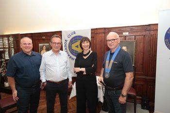 Kassier Charly Lang, Clubmaster Walter Eberle, Intendantin Elisabeth Sobotka und Präsident Ambros Hiller.