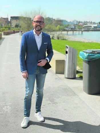 """""""Pipeline Clean Up ist ein tolles Projekt!""""             """"Die Initiative des Pipeline Clean Up ist ein tolles Projekt. Ich möchte mich bei allen Teilnehmenden dafür bedanken, dass sie echte Zivilcourage beweisen, unsere Bauhof-Mitarbeitenden bei ihrem Job am Seeufer unterstützen und selber mitanpacken. Gemeinsam für ein sauberes Seeufer für alle!"""" Michael Ritsch, Bregenzer Bürgermeister"""