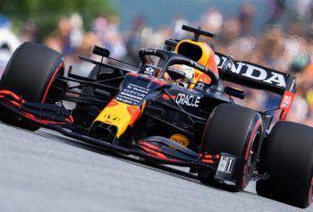 """Red-Bull-Teamchef Horner bejubelte """"eine großartige Performance"""". Foto: APA"""