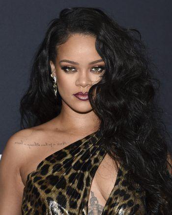 RihannaDie Sängerin entspannt bevorzugt in ihrer alten Heimat Barbados. Erst im vergangenen Jahr war die 33-jährige Musikerin mit ihrem Schwarm ASAP Rocky gemeinsam auf Barbados im Urlaub.