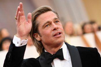 Brad PittBevor er zu einem der berühmtesten Schauspieler dieses Planeten wurde, verdiente der Hollywood-Star sein Geld als Hühnermaskottchen vor einem Fast-Food-Lokal. Zudem war der heute 57-Jährige als Chauffeur für Stripperinnen unterwegs.