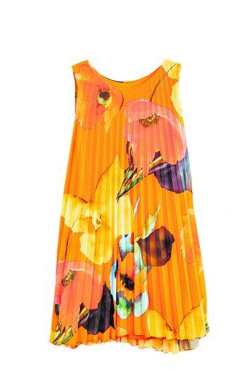 """<p class=""""caption"""">Eine erfolgreiche Ausbeute: Vanessa entdeckte noch ein weiteres bezauberndes Sommerkleid bei Stilvoll um 49 Euro.</p>"""