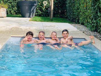 Julius, Nikola, Boro und Fabio sind auf alle Fälle bereit für die Sommerferien. Fotos: handout/privat