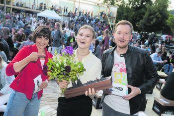 """<p class=""""caption"""">               Mercedes Scheible darf sich mit dem Titel Newcomerin des Jahres schmücken.             </p>"""