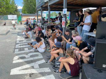 """<p class=""""caption"""">Rund 400 Zuschauer ließen sich die Action am Skateplatz """"Habedere"""" nicht entgehen.</p>"""